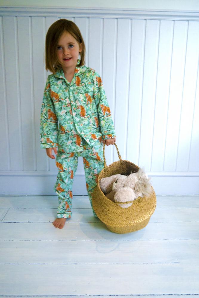 Lola Blake Jungle kinderpyjama slaapkopje